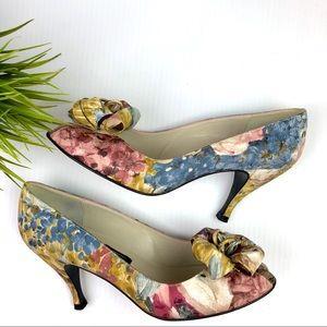 STUART WEITZMAN Floral Print Watercolor Pumps Bow